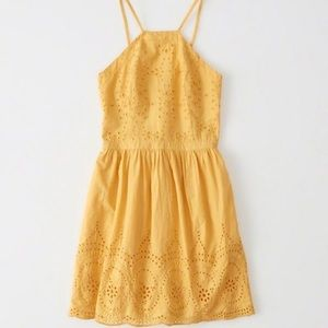 NWT💥 A&F yellow eyelet dress